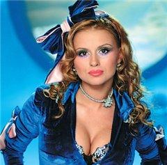 Анна Семенович отказалась от 50 тысяч долларов и костюма кролика