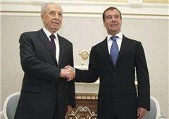 Президент Израиля принес свои извинения Медведеву