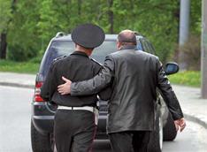В Крыму ищут хулиганов, зверски избивших гаишников