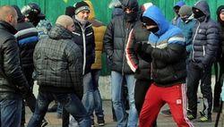 Вооруженные люди захватили дом активиста Евромайдана в Киеве