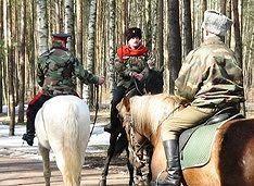 Русские казаки думу думают о суверенитете Аляски и Калифорнии