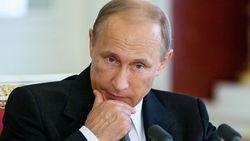 Путин играет в геополитический хоккей на льду – эксперт