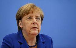 Меркель предложила Путину не беспокоиться о ее здоровье, а обсудить Украину