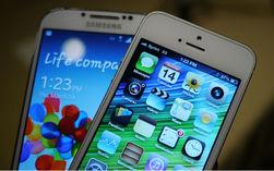 iPhone 5 и Samsung Galaxy S4 названы наиболее популярными смартфонами в Интернете