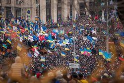 Евромайдан стихийно создали обычные украинцы, а не политсилы – социологи
