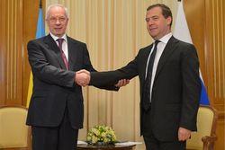 Азаров пожелал восстановить товарооборот с Россией