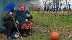 Каково оно – быть стариком в России?
