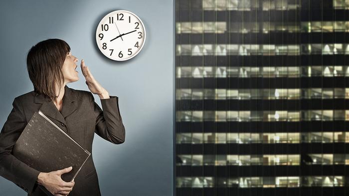 «Совет мудрецов» призывает отказаться от8-часового рабочего дня
