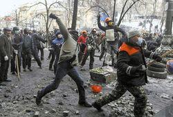 Почему России выгодно давать кредиты Украине