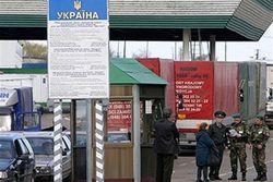 Москва ужесточила секретность: у военных в Крыму отобраны документы и телефоны
