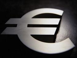 Курс евро восстановился до 1,3868 доллара после экономической оценки еврозоны