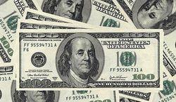 Эксперт: вскоре доллар вернется на старые позиции