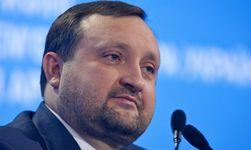 Украина: Арбузов отчитался - казначейство платит по обязательствам государства