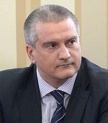 Аксенов уверяет, что крымских татар никто не похищает