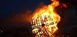 Рашид и Татьяна Сагадеевы из России победили в рижском Чемпионате огненных скульптур