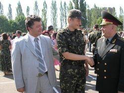 Порошенко благославил первый батальон Нацгвардии, принявший присягу