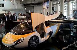 В Монако показали летающий автомобиль