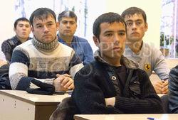 Гастарбайтеров ДНР и ЛНР в России освободили от экзамена по русскому языку