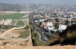 Мексика не заплатит за стену на границе с США