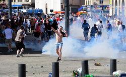 Французский спецназ заблокировал автобус с российскими фанатами