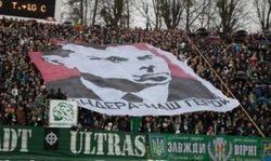 Экс-тренер сборной Украины Маркевич назвал героями людей, за изображения которых наказали команду