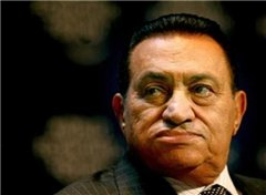 Мубарак уверен, без него Египет потонет в хаосе