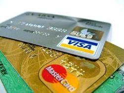 Украинцы стали активнее пользоваться банковскими платежными картами