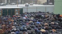 """В Москве проверяли всех мусульман, пришедших на молитву, - """"Озодлик"""""""