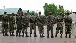 Узбекистан отвел своих военных от границы с Киргизией