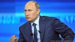 Смог ли Путин успокоить россиян на «прямой линии» – мнение Эйдмана