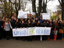 Майданы в Украине везде – и на Западе, и на Востоке