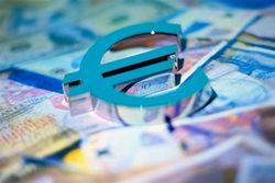 Курс евро: ЕС медленно, но верно восстанавливается - эксперты