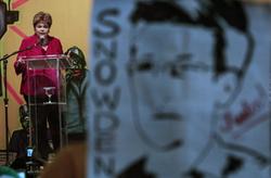 Сноуден: за Еврокомиссией шпионит АНБ