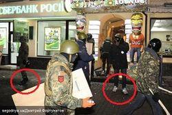 Демонстранты в Киеве пленили трех милиционеров, одного ранили ножом