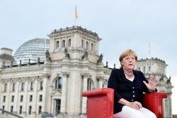 Оснований для снятия санкций с России нет – Меркель