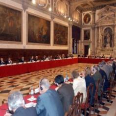 Венецианская комиссия в целом одобрила конституционную реформу в Украине