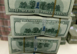 Падение курса рубля породило девальвационные ожидания у россиян