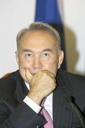 Может ли Назарбаев примирить Москву и Киев