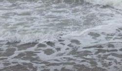 Пляжи Одессы накрыла 3-метровая волна