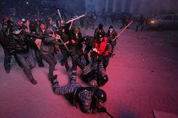 """""""Правый сектор"""" Тернополя призывает активистов в Киев"""