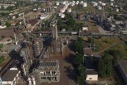 Последствия боев на Донбассе: Алчевский меткомбинат остановил работу