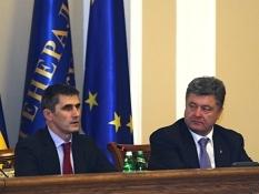 Власть никогда больше не будет стрелять в украинцев – Порошенко Майдану