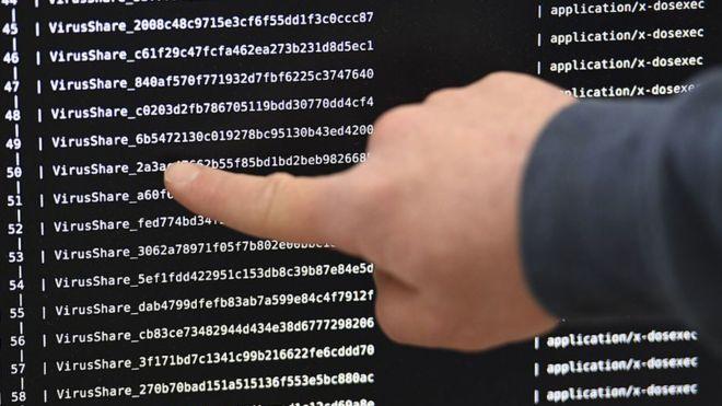 Программисту удалось остановить вирус-шифровальщик