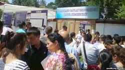 В Узбекистане начались тестовые испытания для поступающих в ВУЗы