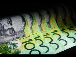 Австралиец продолжает рост к курсу доллара на Форекс на 0,24% на негативных данных