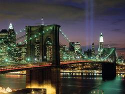 За пост мэра Нью-Йорка поборются демократ де Блазио и республиканец Лота