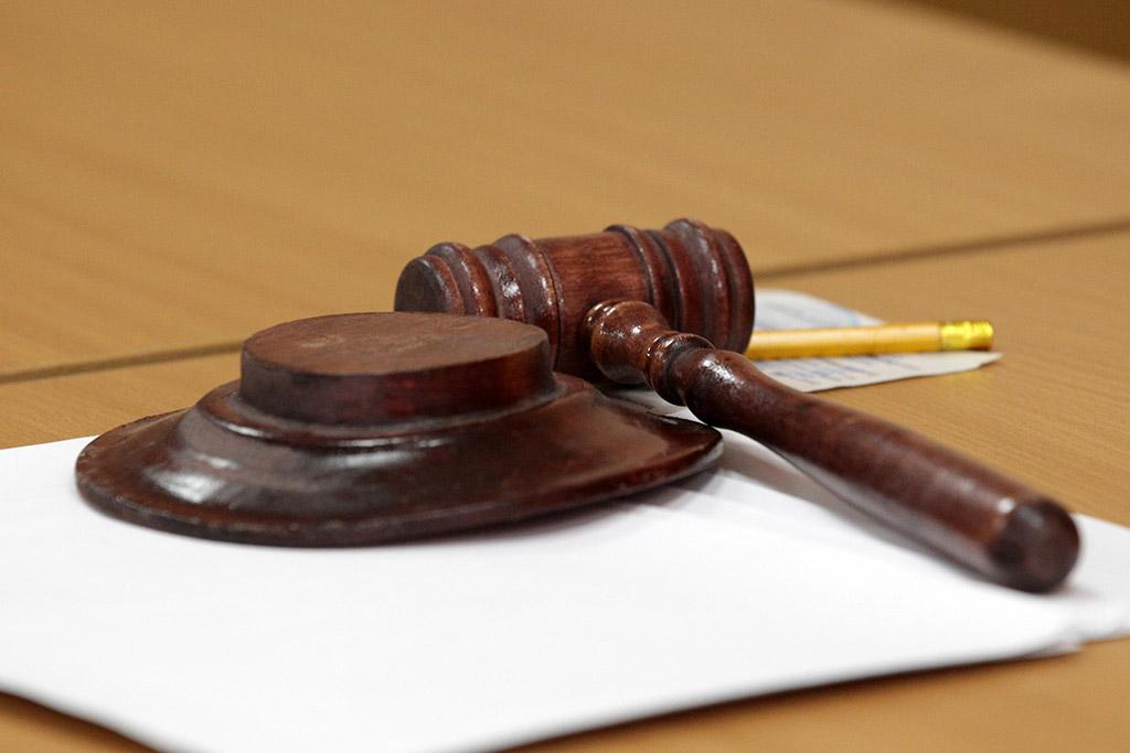 Киевский суд арестовал сервера мобильных операторов из-за дела Януковича