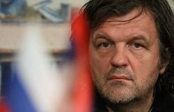 Россия должна защитить русских на Украине, - Кустурица