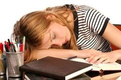 Недосыпание является причиной гибели мозговых клеток