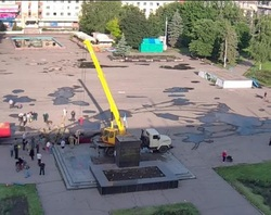Памятник Ленину в Славянске сегодня «очень культурно» демонтировали – Аваков